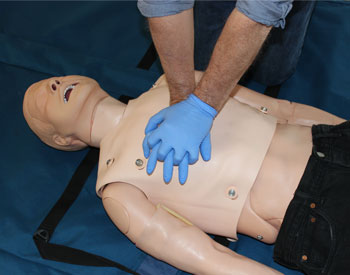 Book Re-qualification First Aid at Work Training Course